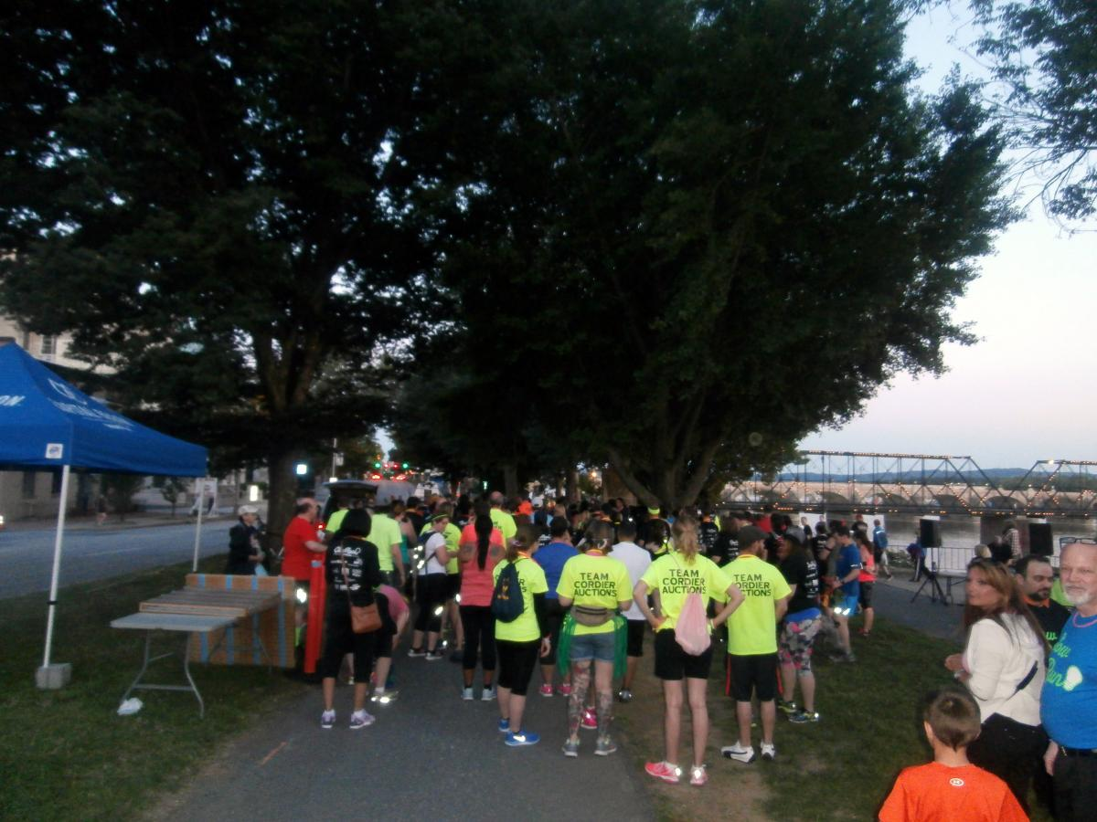Participants at the 2015 Glow Run